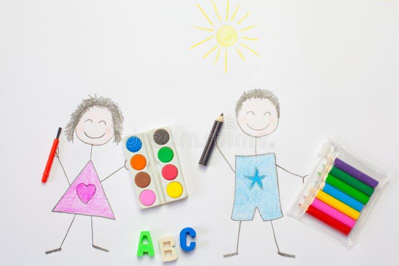 Feliz desenho das crianças indo para a escola imagens de stock
