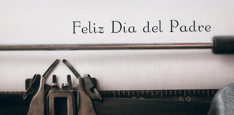 Feliz dia del在纸写的padre 库存图片