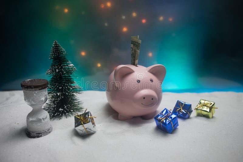 Feliz Natal e ano novo feliz Ano novo chinês do porco, símbolo 2019 para o cartão de cumprimentos Foco seletivo macio E fotografia de stock royalty free