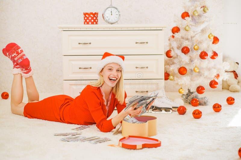 Feliz Natal e ano novo feliz Presente do ano novo louco Dê uma piscadela Tempo do Natal imagem de stock royalty free
