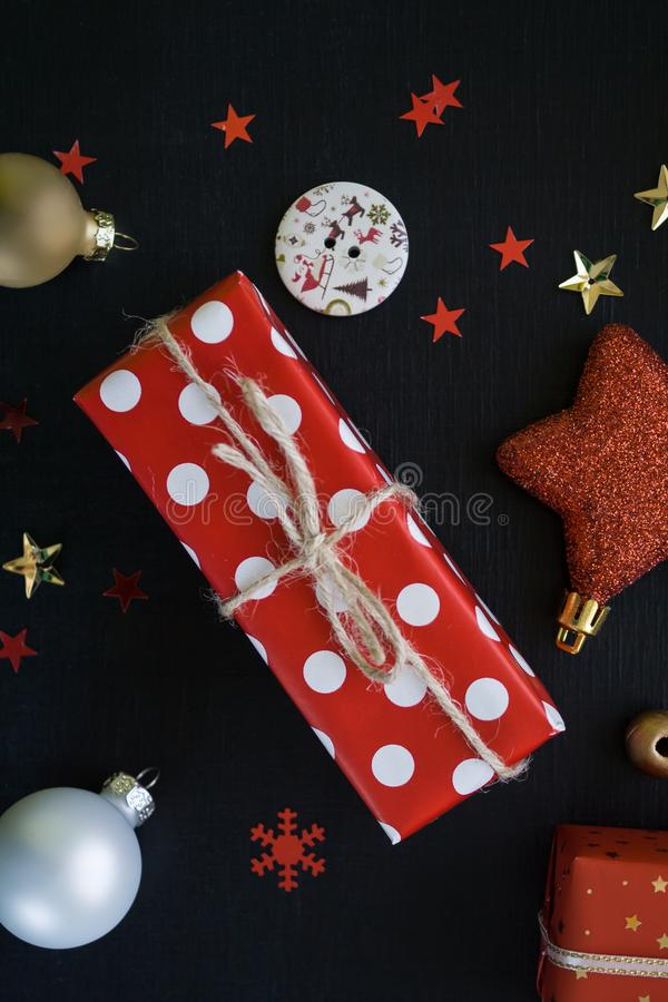 Feliz Navidad y Feliz Año Nuevo Fondo negro fotografía de archivo libre de regalías