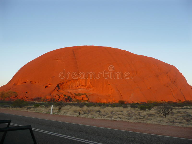 Felsen Uluru - Ayers lizenzfreie stockbilder