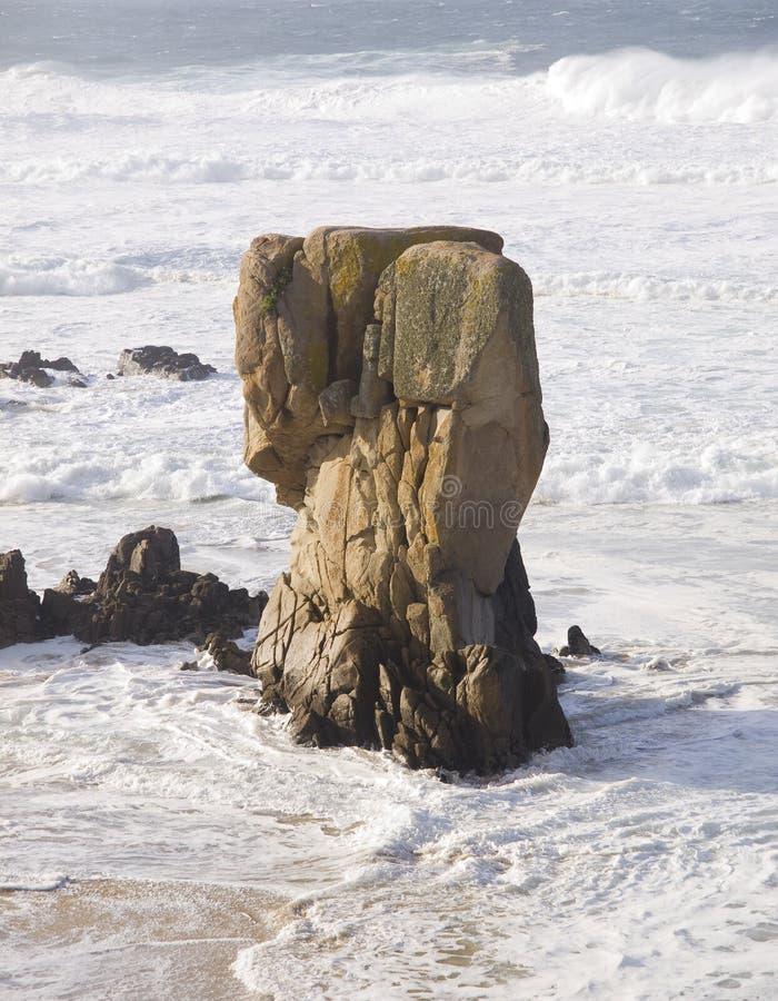 Felsen und Ozean stockfoto