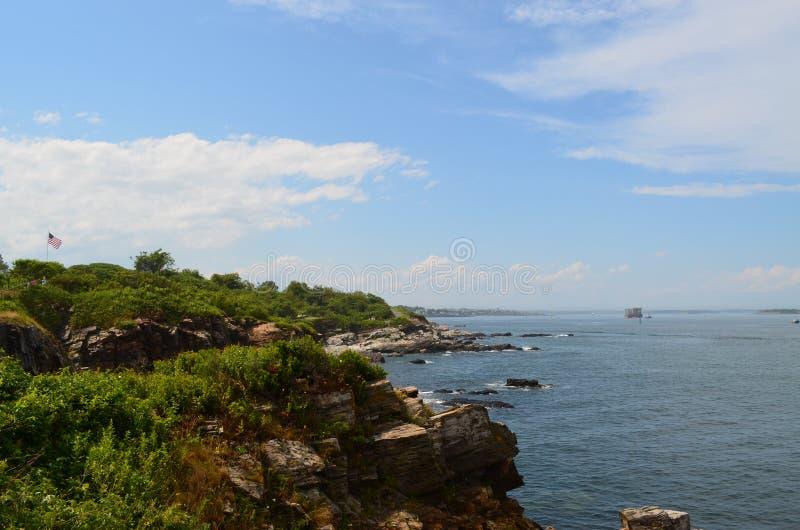 Felsige Küste lizenzfreie stockfotos