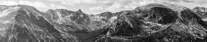 Felsiger Berg stockbild