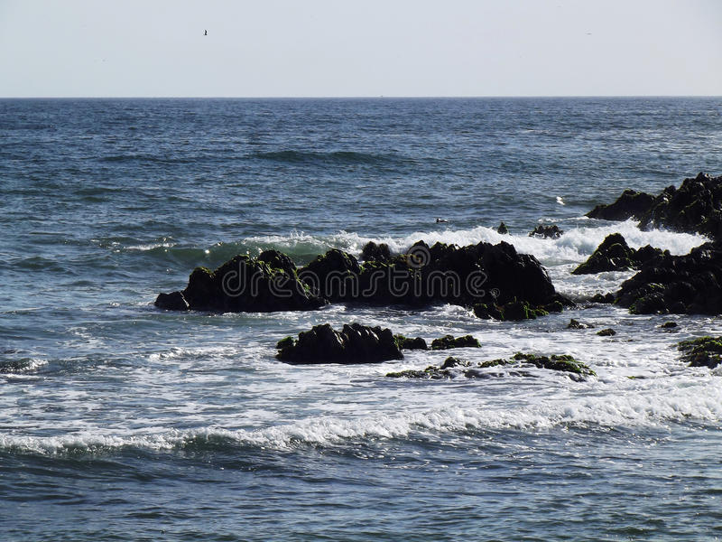 Felsiges Ufer 3 lizenzfreies stockbild