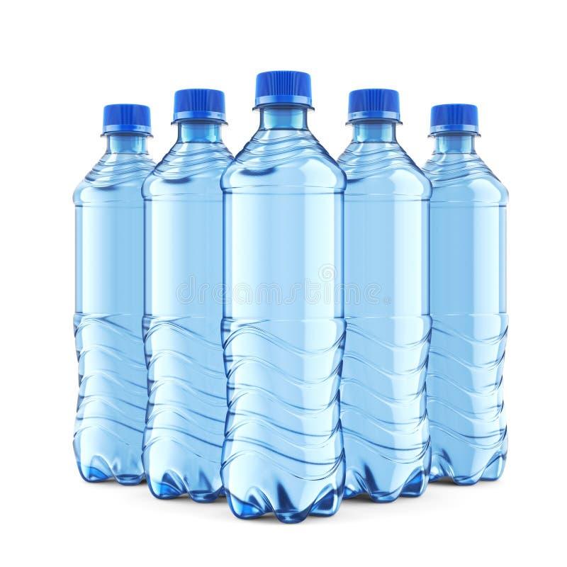 Fem plast- flaskor av lugnt vatten med det blåa locket arkivfoto