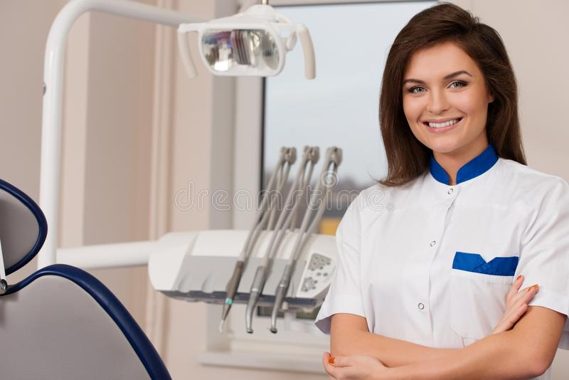 Female dentist at dentist's surgery royalty free stock photos