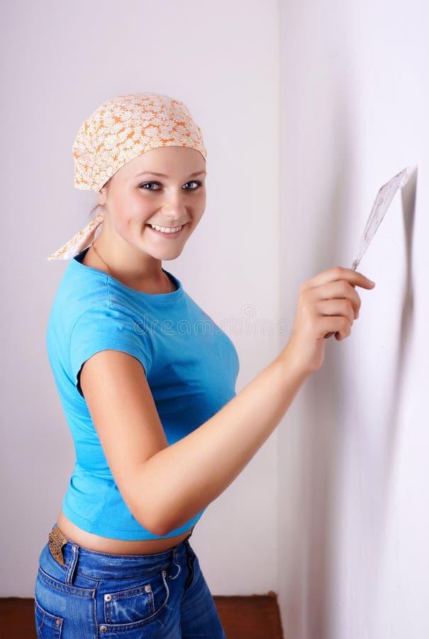 Free Female Make Repairs Royalty Free Stock Images - 10821639