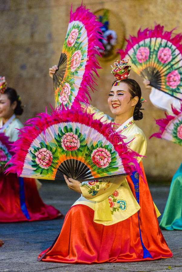 Female performer of traditional Korean dance royalty free stock images