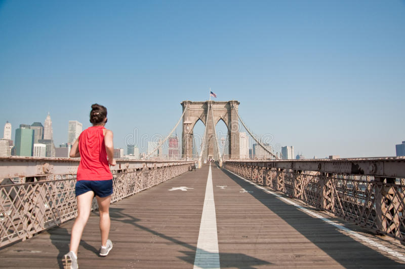 Download Female Runner Going Though Brooklyn Bridge Editorial Image - Image: 12629725