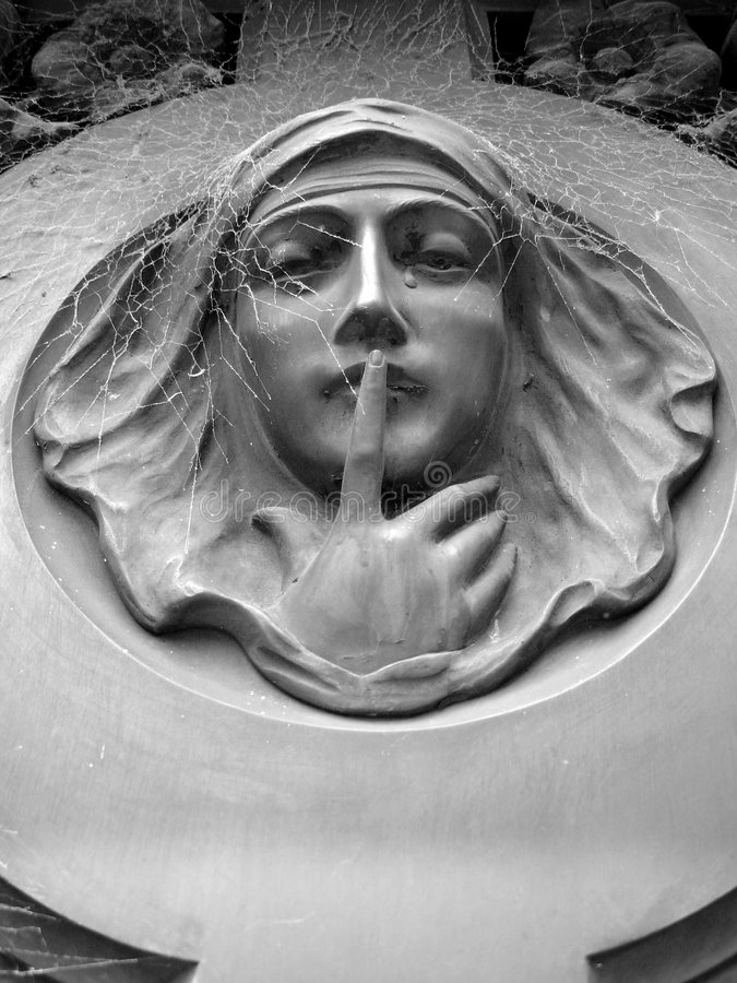 Female Statue in a Cementary. Cementery, statue of a Lady with tears on her eyes stock images