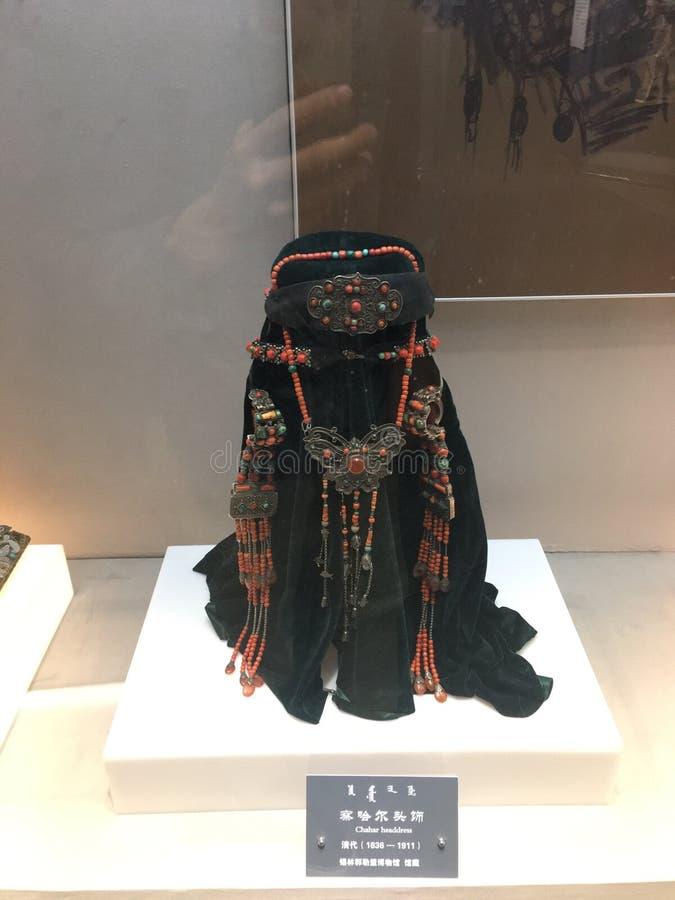 Female& tradizionale x27; headerwear di s in Mongolia Interna immagine stock