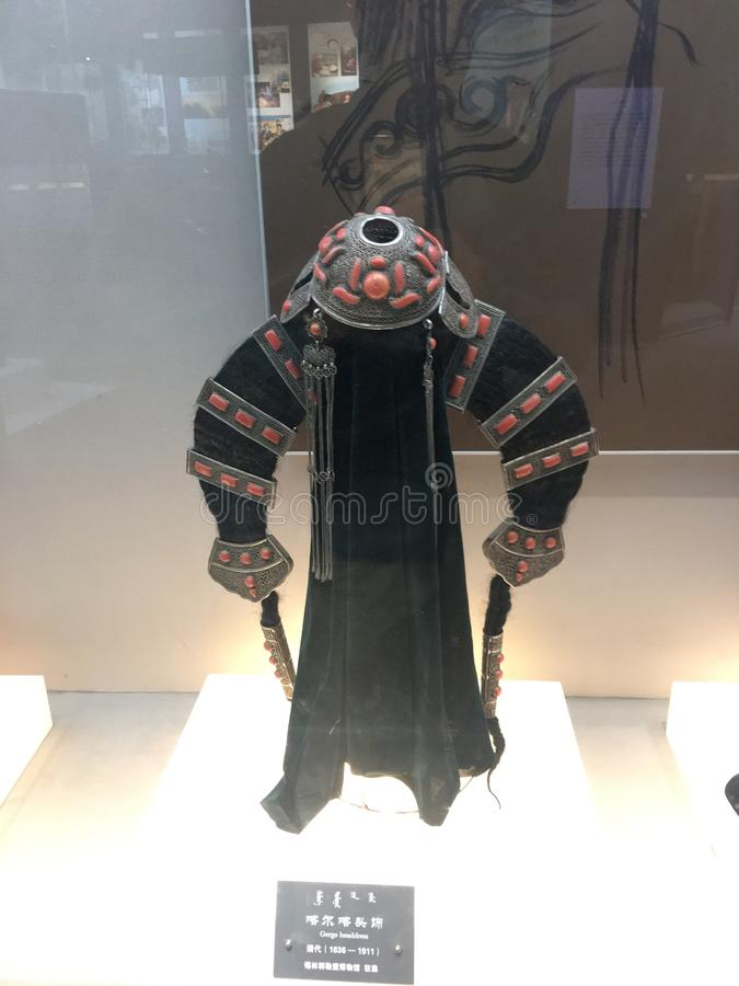 Female& tradizionale x27; headerwear di s in Mongolia Interna immagini stock
