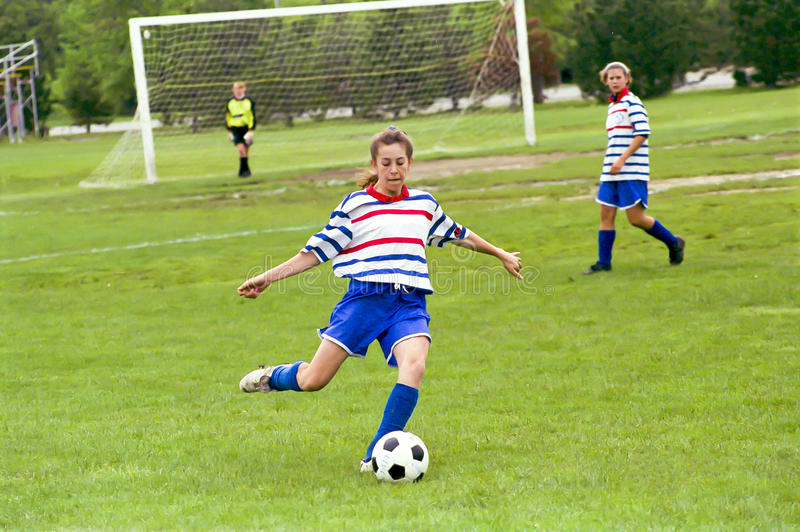 Download Female Youth Soccer Players Editorial Image - Image: 22979900