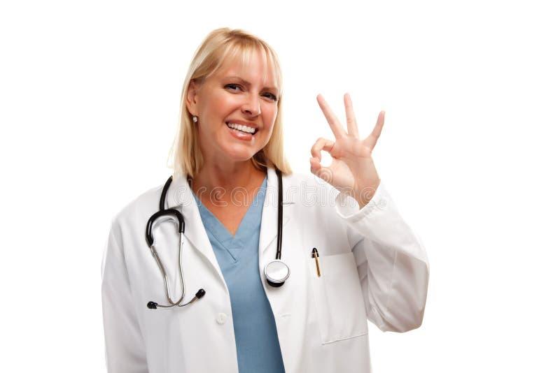 femelle blonde de docteur amicale photographie stock
