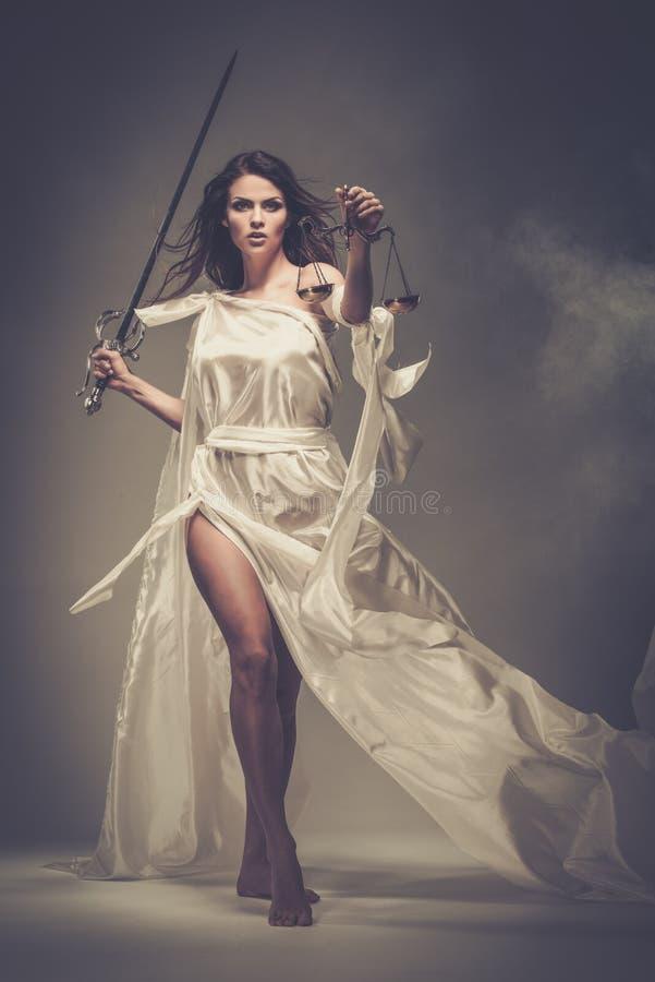 Femida, Göttin von Gerechtigkeit lizenzfreie stockbilder