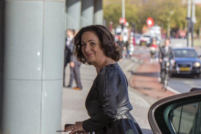 Femke Halsema an der Erinnerungszeremonie beim Concertgebouw in Amsterdam 27-10-2018 die Niederlande für den Tod von Wim Kok lizenzfreies stockfoto