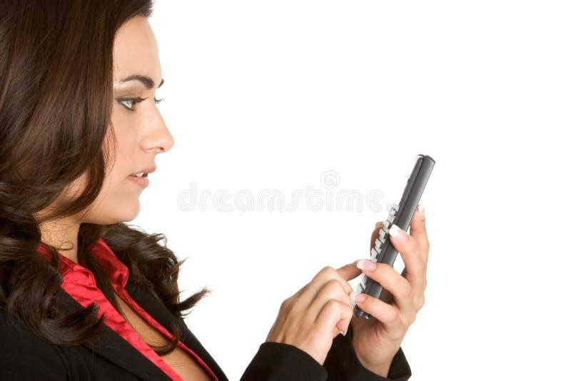 Femme à l'aide de la calculatrice photos stock
