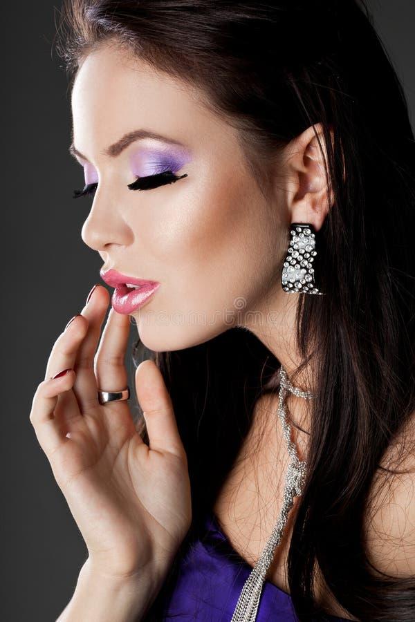 Femme à la mode élégante image stock