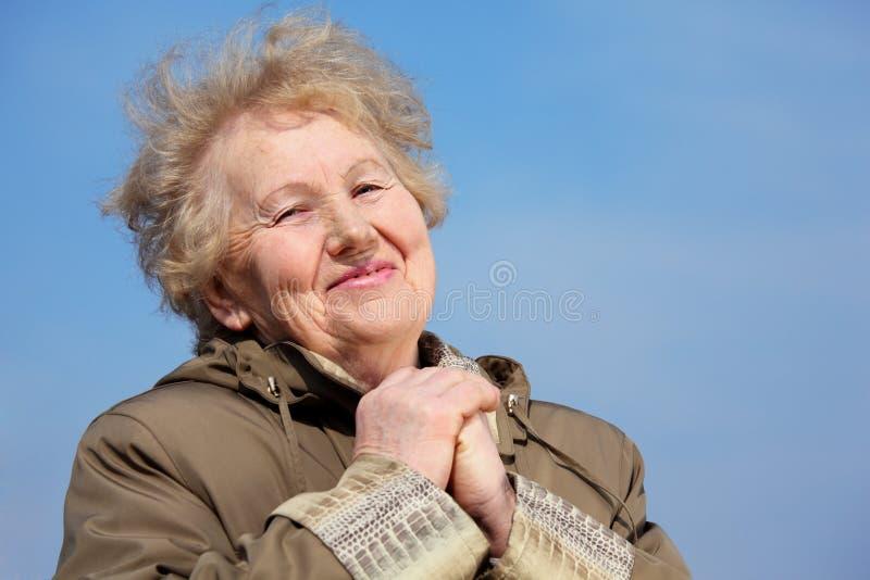 Femme âgée de sourire photo libre de droits