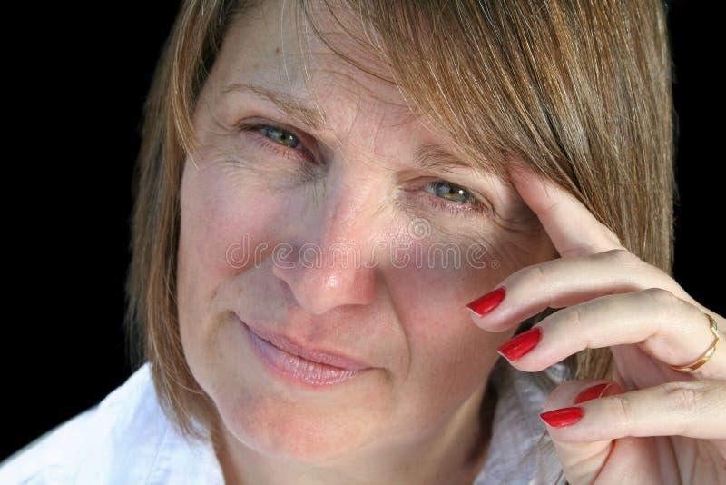 Femme âgée moyenne pensive photos libres de droits
