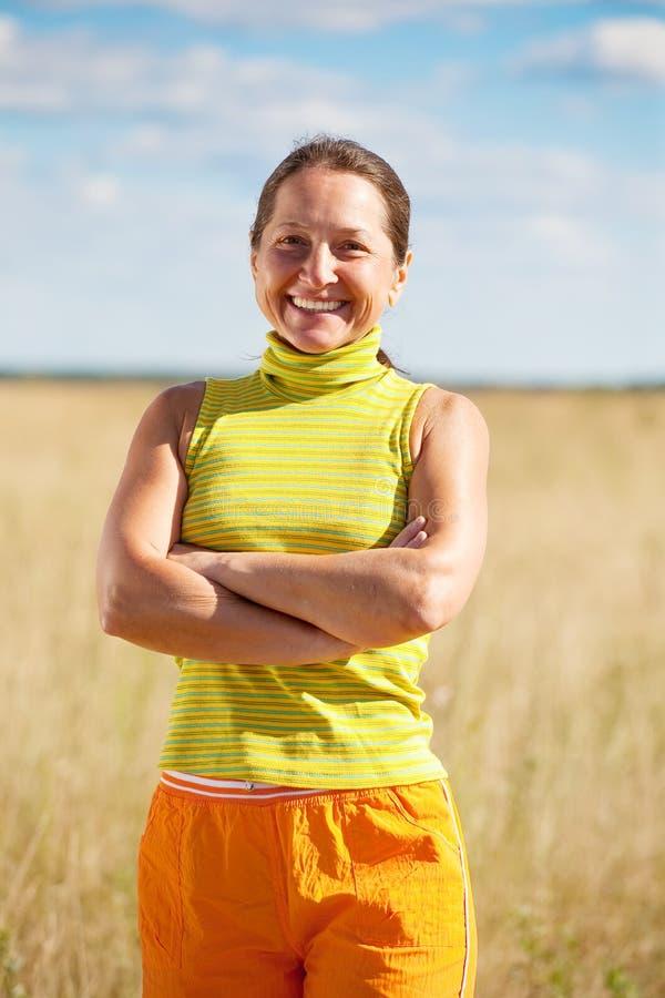 Femme âgée sportive photos libres de droits