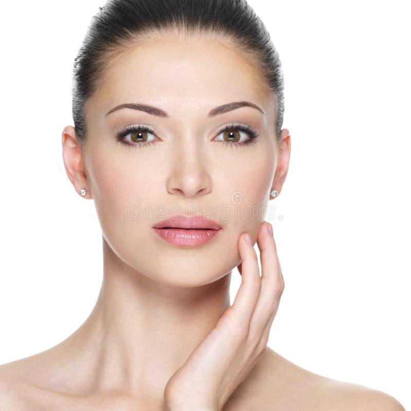 Femme adulte avec le beau visage photos stock