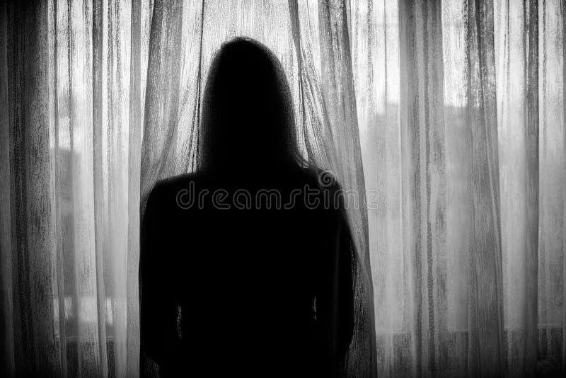 Femme affligé photographie stock libre de droits