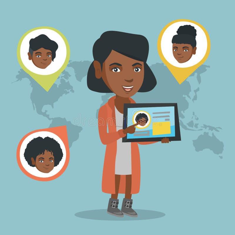 Femme africaine tenant le comprimé avec le réseau social illustration libre de droits