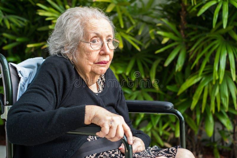 Femme agée photos libres de droits