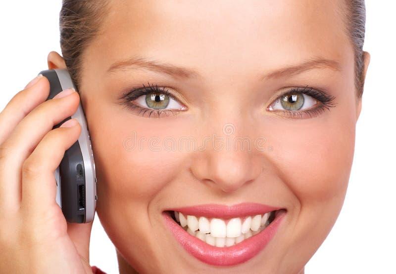 Femme appelant par le téléphone images stock