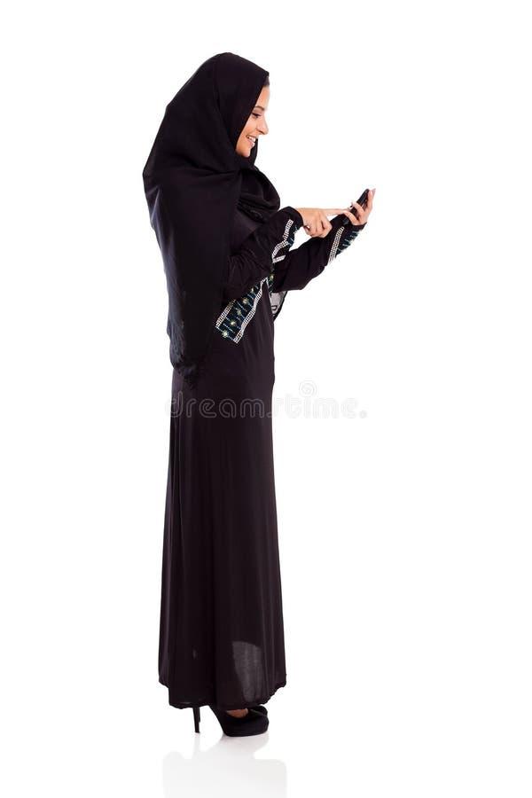 Cellule Arabe de femme photos libres de droits