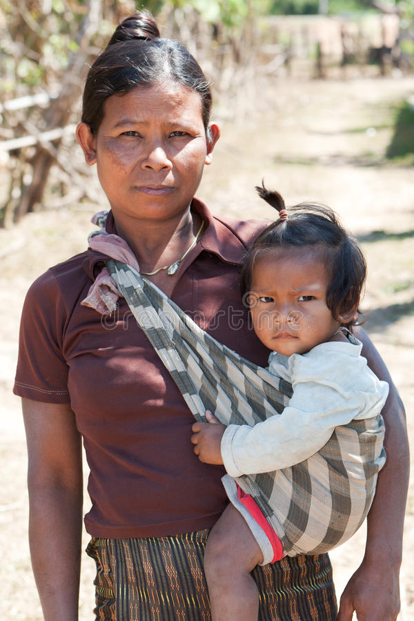 Femme asiatique avec l'enfant photo libre de droits