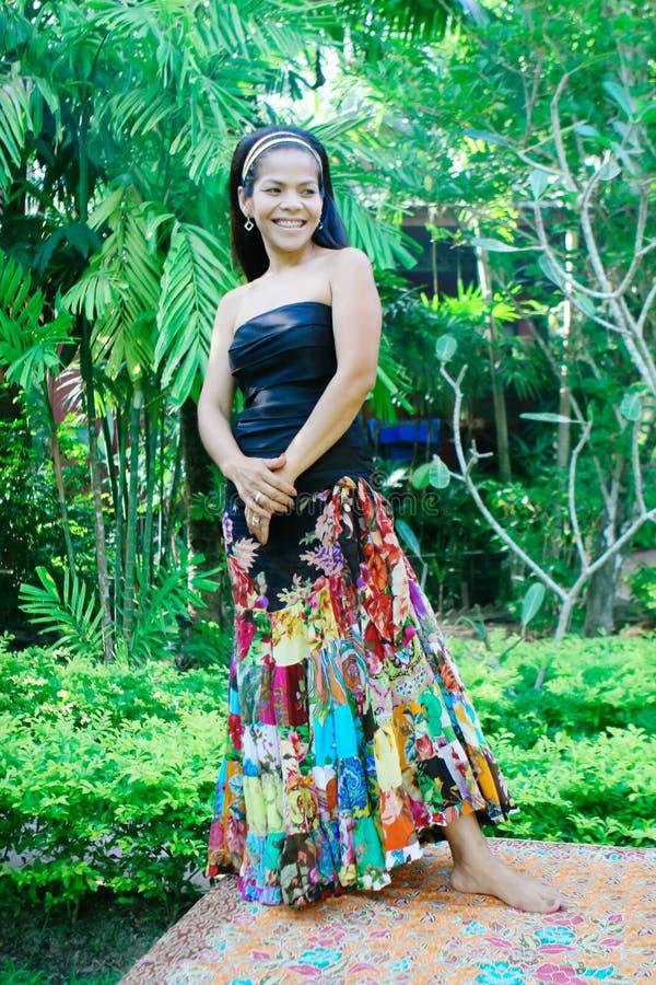 Femme asiatique heureuse. photos libres de droits