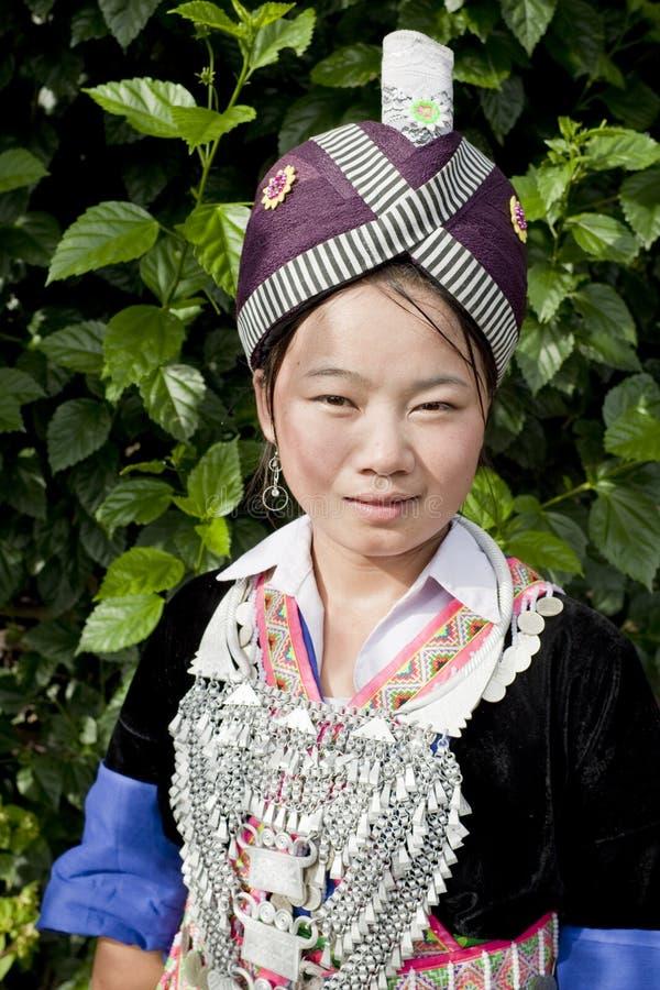 Femme asiatique Laos, Hmong de verticale photographie stock libre de droits