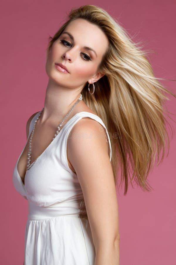 Femme assez blonde photographie stock