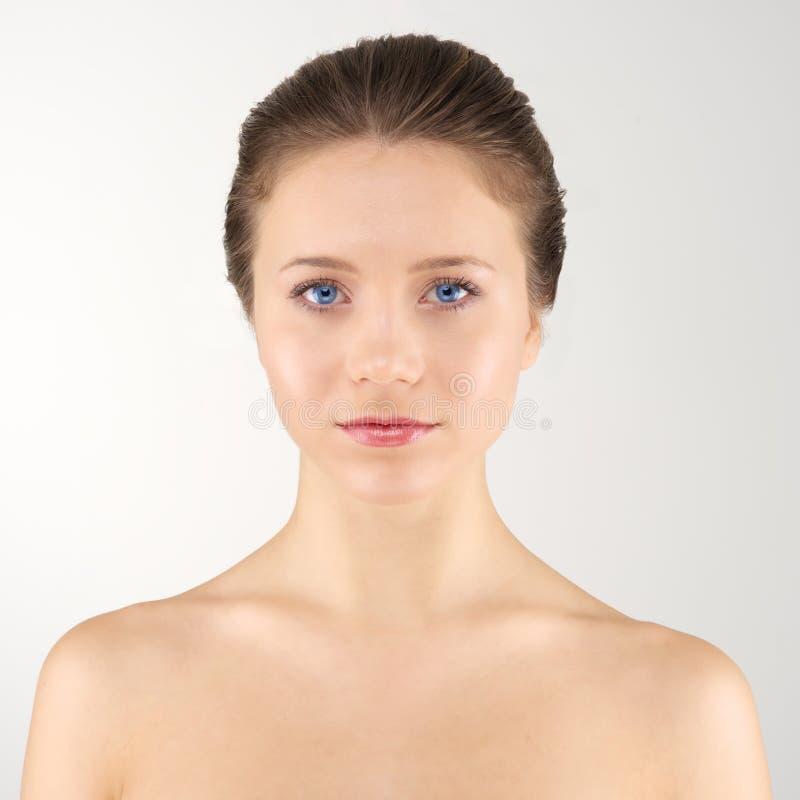 Femme avant de portrait photos stock