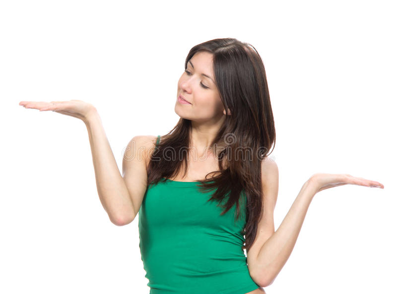 Femme avec comparer la position de main photo libre de droits