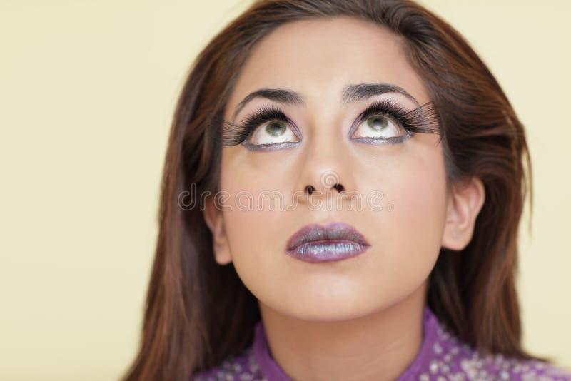 Femme Avec De Longs Jeux D Oeil Images libres de droits