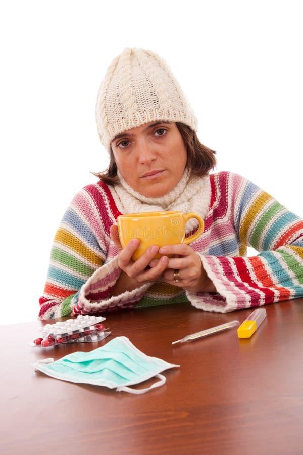 Femme avec des sympt40mes de grippe photos libres de droits