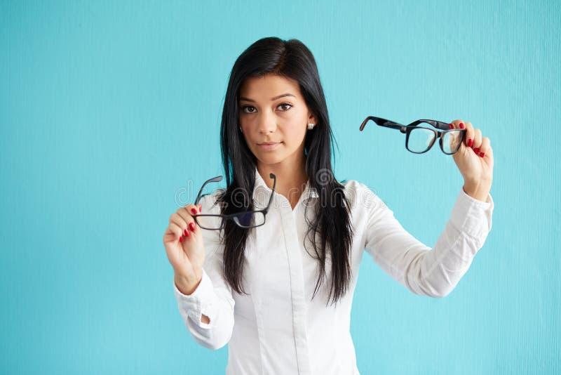 Femme avec des verres images libres de droits
