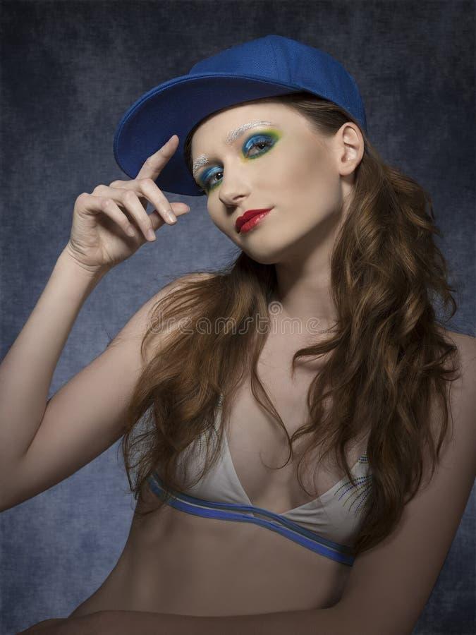 Femme avec du charme avec le style folâtre images libres de droits