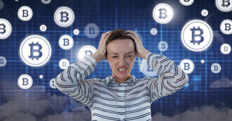 Femme avec l'interface de l'information de technologie de bitcoin image libre de droits