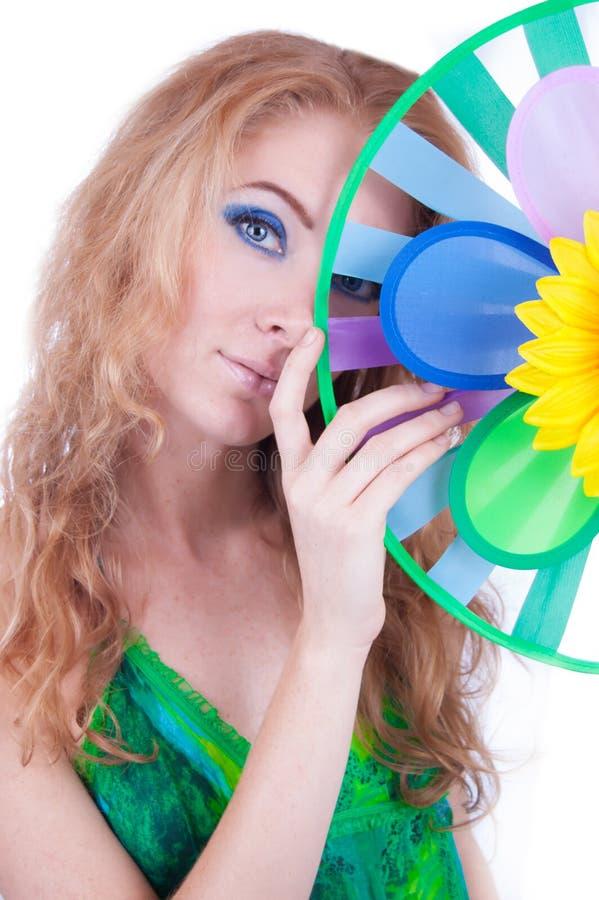Femme avec la palette colorée de temps photographie stock
