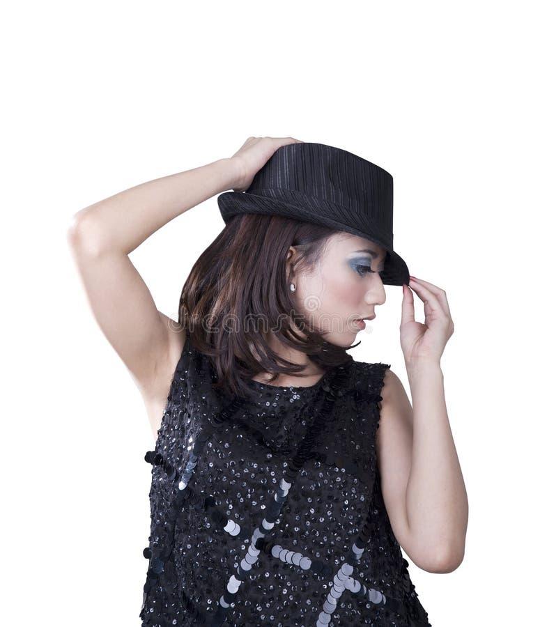Femme avec le chapeau feutré d'isolement sur le blanc photo libre de droits