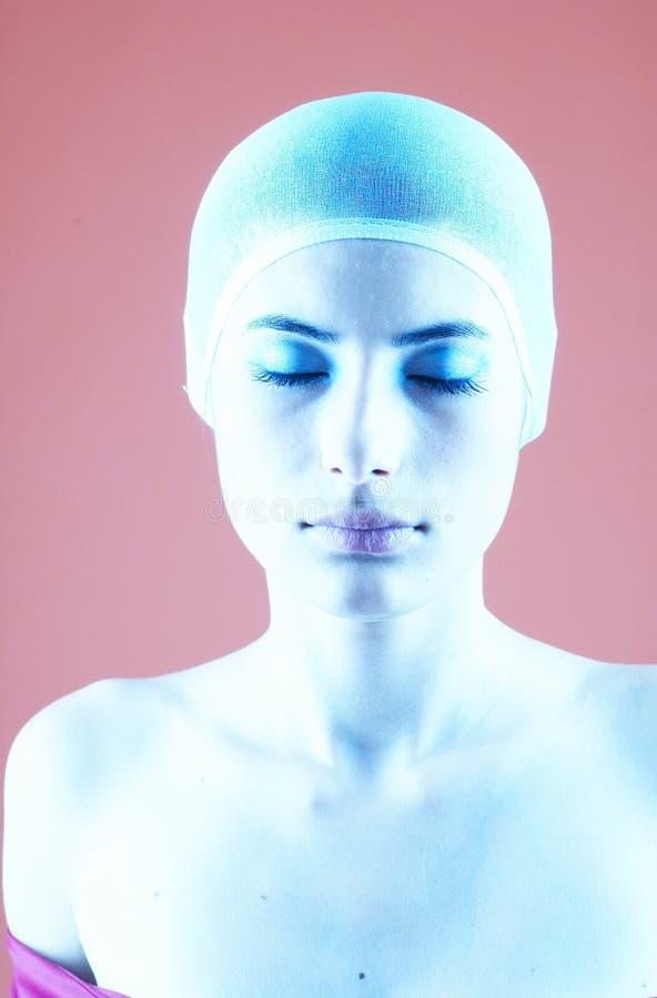 Femme avec le cheveu couvert - 17 image libre de droits