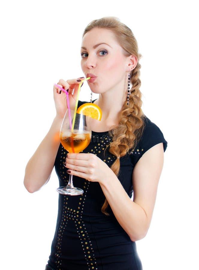 Femme avec le cocktail. photo libre de droits