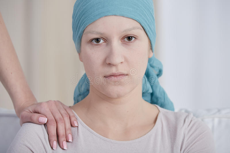 Femme avec le foulard photos stock