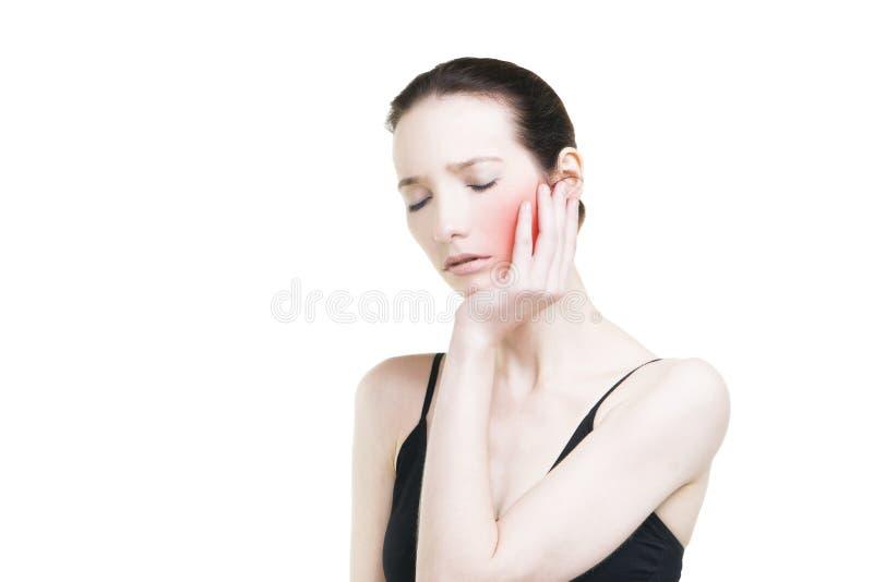 Femme avec le mal de dents Faites souffrir au corps humain d'isolement sur le fond blanc image stock
